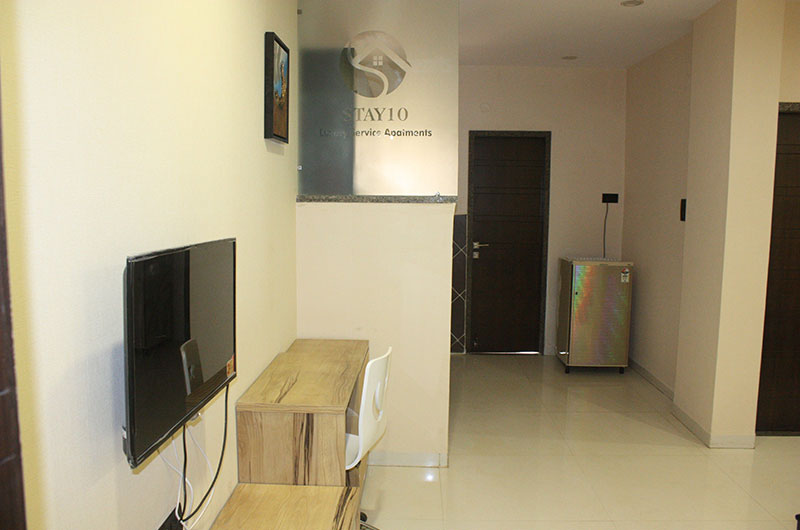 Stay 10 Service Apartment, Indore - Kitchen