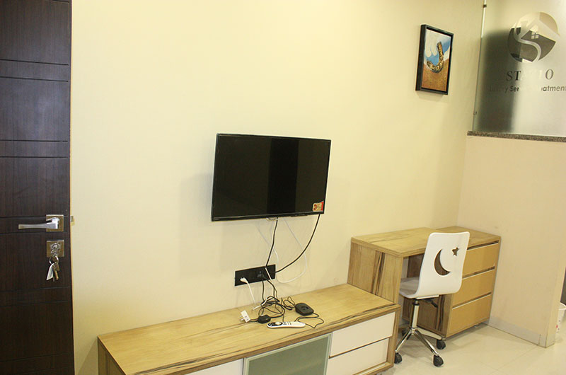 Room Description. Indore Service Apartments for Rent  1 BHK Flats for Rent in Indore